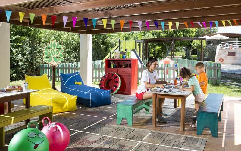 Детский клуб в отеле на Крите