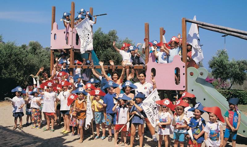 Детские клубы в отелях Греции остров Крит