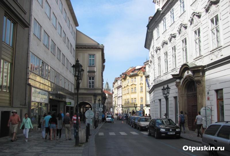 Хорошие отели в Праге категории 3 звезды