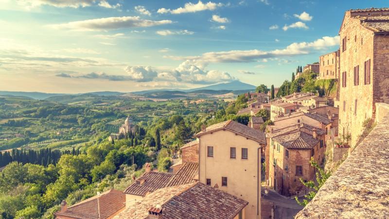 Вино в Мальтепучано Тоскана Италия