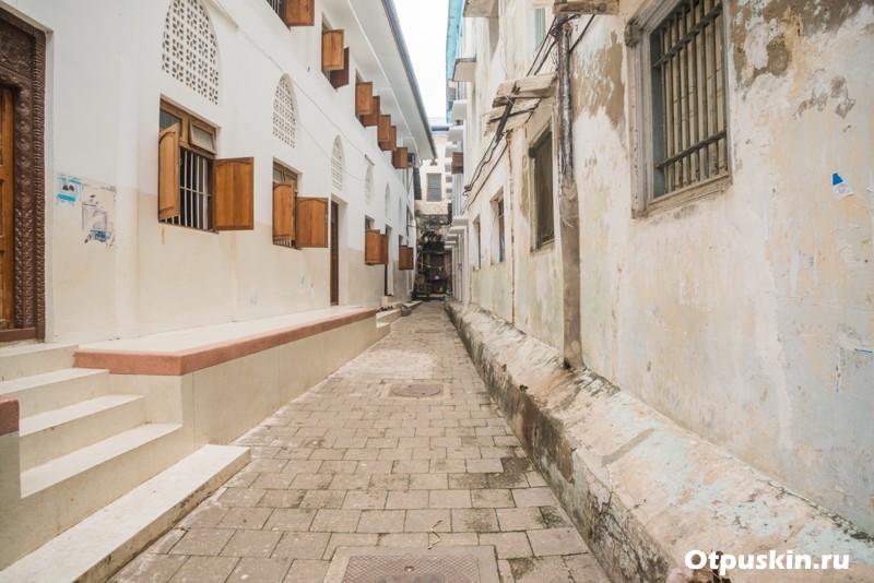 Улицы каменного города в Танзании на острове Занзибар